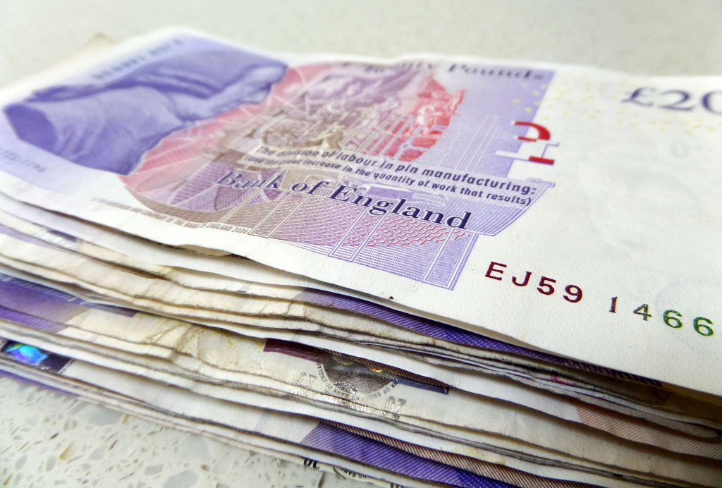 Thumbnail image for British expats with sterling incomes feeling the pinch