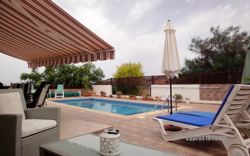 -3-peyia-bungalow-sale-cyprus.jpg