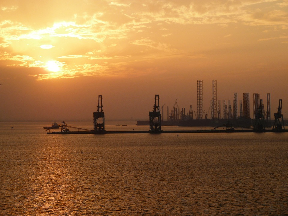bahrain-sunset-industry