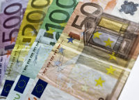 Thumbnail image for Introduction to euro currency products and services