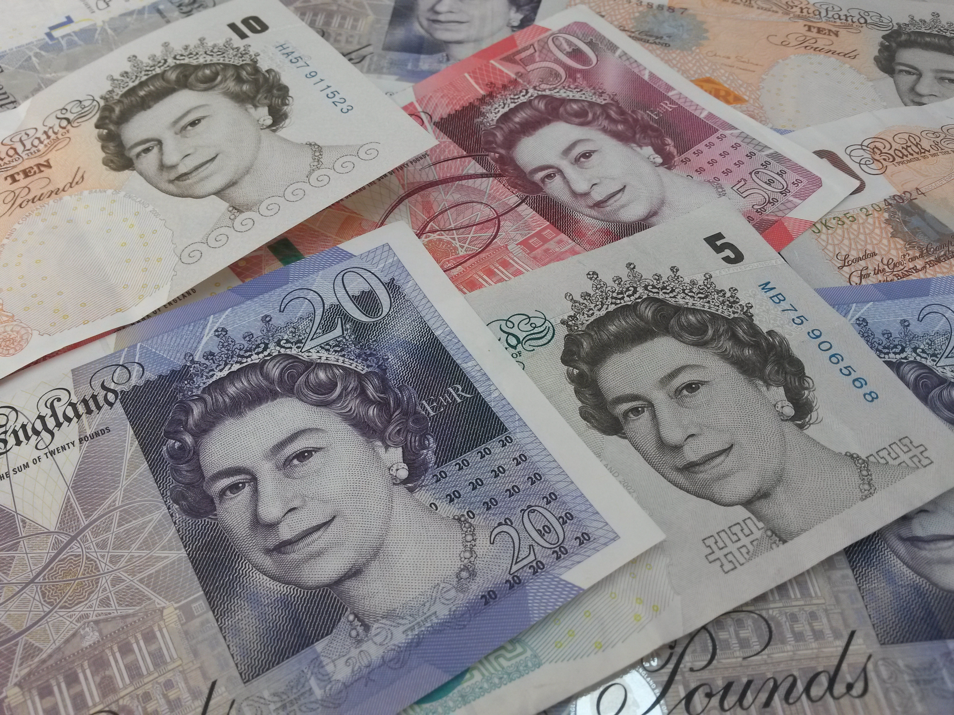 Thumbnail image for Cost of sending expats to the UK falls for foreign companies